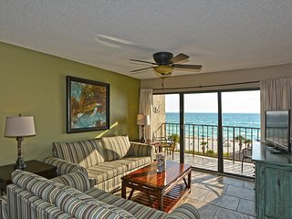 Beachfront Condo with Master Overlooking the Gulf