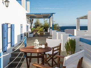 Aphrodite house in 'Cleopatra Homes' 1min from Logaras sandy beach