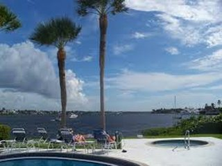 Bayside Apartment Olde Naples