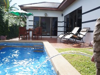 Tropicana Villa 2 bedroom with lovely pool, Phe