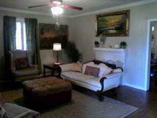 Charming Double Suite, Douglasville