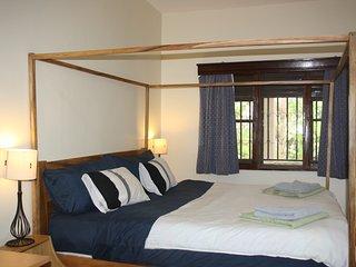BAZINGA STAGE HOUSE- 2 BR /2 BATH
