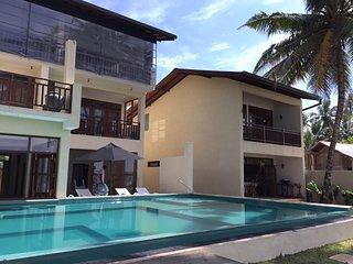 Chillax Villas - Villa Relax, Kamburugamuwa
