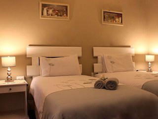 khaya4u Guest house (Room3)