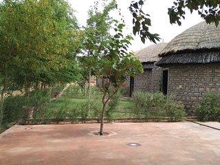 Luxury Huts On SH 19  Karnu, Khimsar