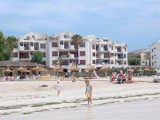 Beachfront Apartment Carabela (2)
