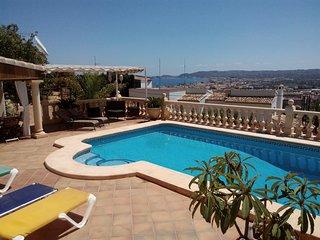 Javea Casa Celine, Holiday Apartment, private pool, airco, wifi