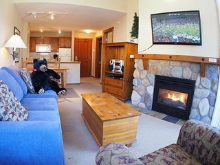 Fireside Lodge Village Center - 415, Sun Peaks