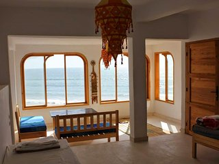 ap2 beutiful large window sea-view taghazout apart, Taghazout