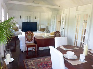 Beautiful intown 19th Century Guest House With Pool, Christiansted