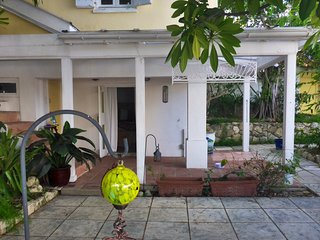 Courtyard Room With Pool in the Historic District, Christiansted