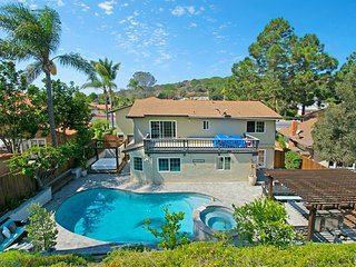 Dream La Jolla Palms, Sparkling Pool Resort living