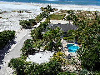 Luxurious Beachfront Home  with Guest Cottage,  Heated Pool and Private Beach, Fort Myers Beach