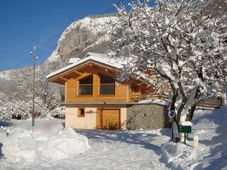 Gorgeous chalet in the Alps w/views