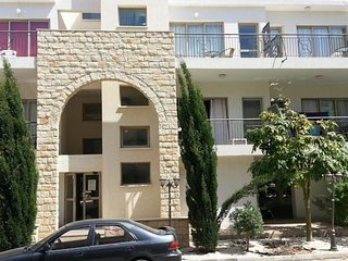 Kings holiday apartments, a place to be , comfortable rooms easy access. See it, feel it, love it!!