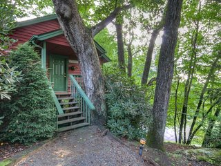 Rustic Elegance. Cottage in Yonahlossee with Club Privileges&#59; every, Foscoe
