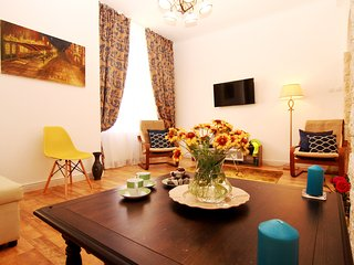 Old Princely Court Two Bedroom apartment, Bucharest