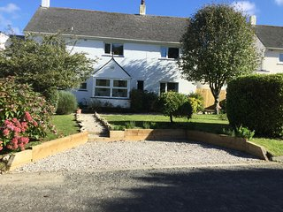 Comfortable pet-friendly well equipped family home, St Merryn