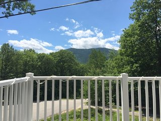 Large North Conway Home Holds 2 Families