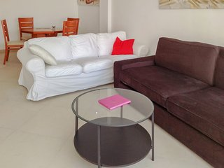 Modern apartment in central Tel Aviv featuring a furnished balcony and WiFi – 700m from the beach!