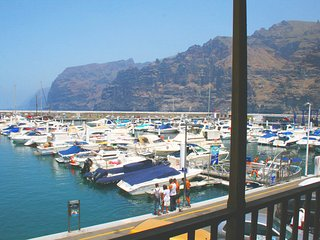 Stunning views upon Masca Cliff, Los Gigantes