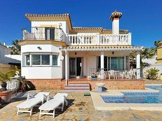 Villa Blanca de Riviera - One Step to Beach