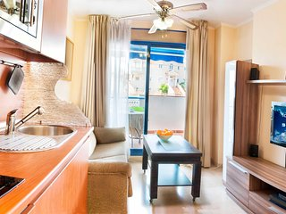 Modern Apartment 100 m to Benalmadena Beach