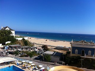 Spacious 2 bedroom apartment with great seaview, Praia da Rocha