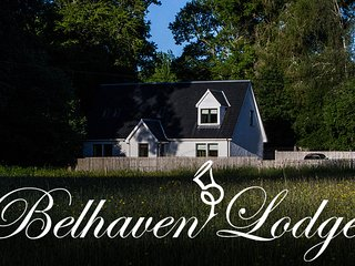 Belhaven Lodge with Hot Tub, Kirkmichael