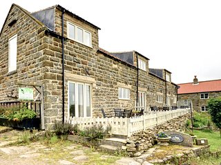 Meadowbeck Holiday Cottages Whitby - Forget-me-not