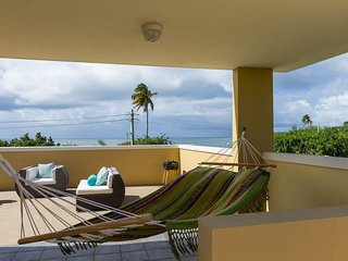 Tropical Beachfront Vacation Condo