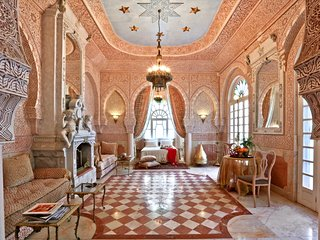 "Riad ""Dar El Malaika"" 5 stars – extravagant, 5-bedroom riad in El Jadida with garden and terrace - for 10!"