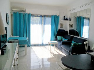 Le Rocamare - Modern, 1-bedroom apartment with WiFi and a balcony near Cannes – 50m from the beach!