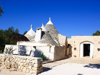 Authentic apulian house - pool for children - Beach at 20' drive