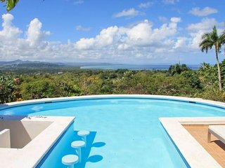 Luxury, 4-bedroom villa with a swimming pool and superb sea views, Rio San Juan