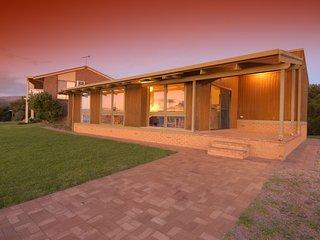 12 Gold Coast Drive - Carrickalinga B143