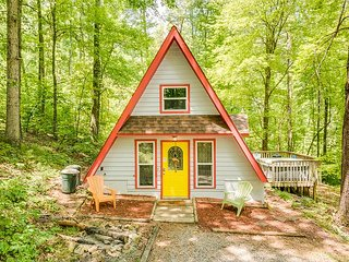 Chattanooga vacation rentals 'Windsong Chalet' wooded, hot tub, 14 miles