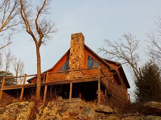 Hunters' Lodge, on the bluff of Lookout Mtn.