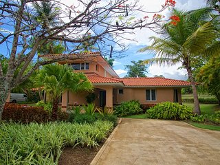 3 bedrooms, 3.5 bathrooms, Fully Renovated, Dorado