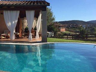 VILLA LUCA villa con piscina privata e giardino