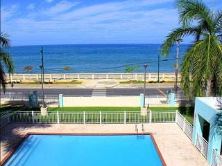 Enjoy Summer all year at Ocean Front Mini Penthouse Huge Private Terrace