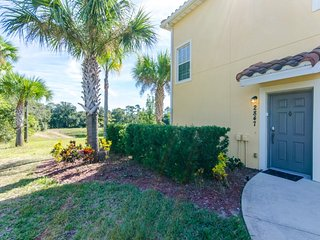 2 Mins From Disney 3 Bedroom 2  Bathroom Condo