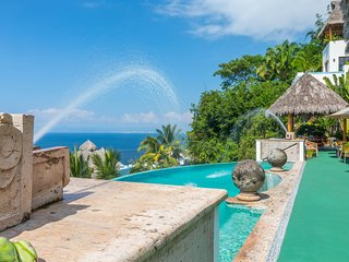Exquisite 4 bedroom villa with Endless Ocean Views, Puerto Vallarta