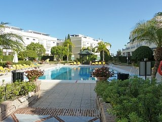 5* Value Penthouse, great views and location, Nueva Andalucia