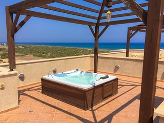 Luxury Apartment with Sea View and Roof Terrace