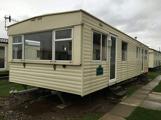 Cosalt Cascade 8 berth silver plus rated caravan., Borth
