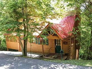 Hummingbird Haven, Pigeon Forge