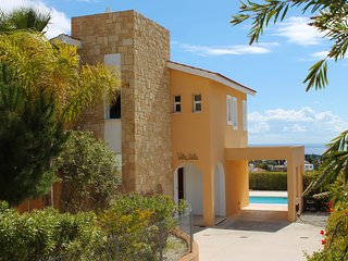 Villa Stella, 3 Bedroom Villa with Private Pool in Peyia