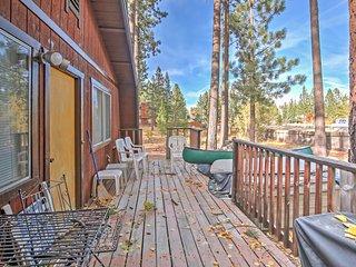 NEW! 2BR South Lake Tahoe Cabin w/Alpine Views!