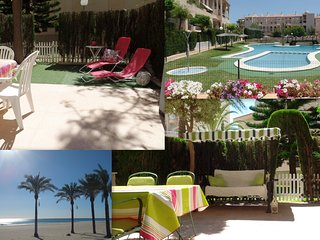 2 cosy Beach apartments, BABY-FRIENDLY with PATIO